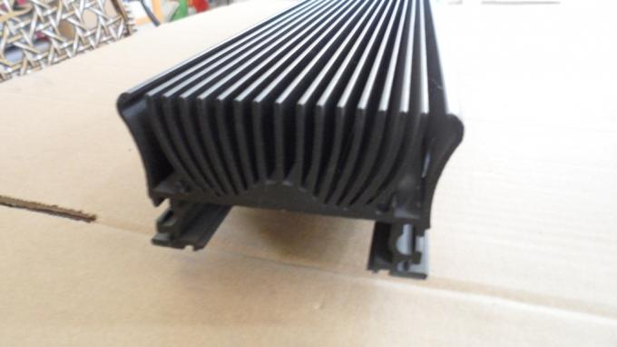 Solar Energy Equipment Aluminum Heatsink Extrusion Profiles Thermal Resistance