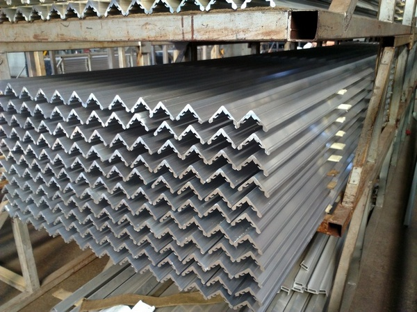 Aluminium Channel Profiles , C Channel Aluminum Extruded Profiles 2MM Thickness