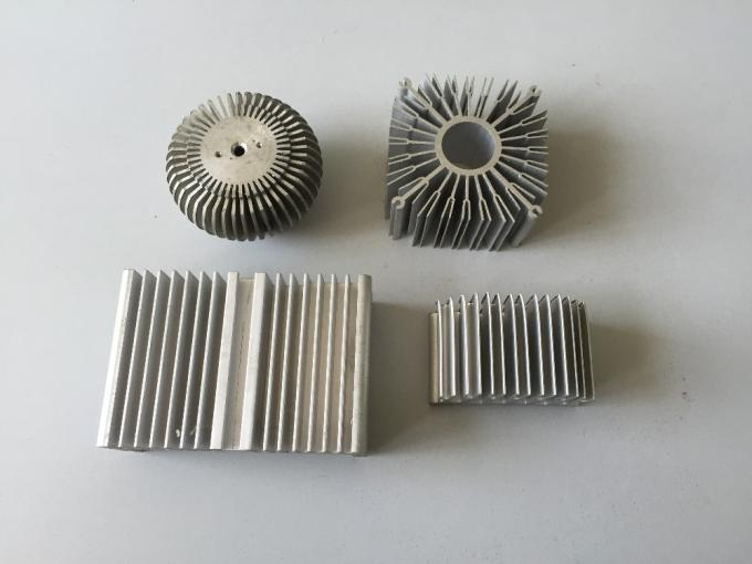 6061 Alloy CNC Milling Large Aluminium Extruded Heat Sink 300MM Width