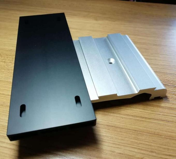 Bright Silver Anodized 6063 T5 Aluminum Extrusion Enclosure With CNC Drilling