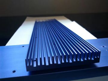 China Anodizing 6061T6 Flat Wide Shape Aluminium Heat-Sink with CNC Precision Holes supplier