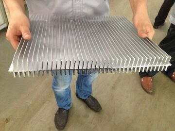 China 6061 T66 400MM Width Aluminum Extrusion Heat Sink CE SONCAP ISO RoHS TUV factory