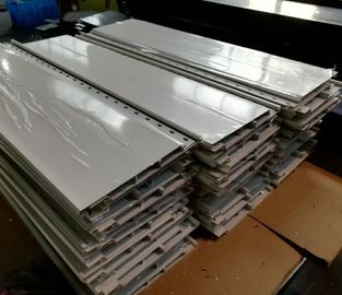 China Matt Silver Anodized Aluminium Extrusion Profiles Aluminum Board For Flooring factory